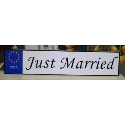Esküvői rendszámtábla Just Married felirattal