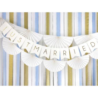 Fehér-arany just married felirat