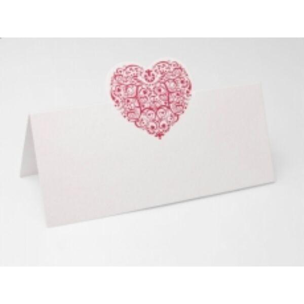 Elegáns piros szíves ültetőkártya