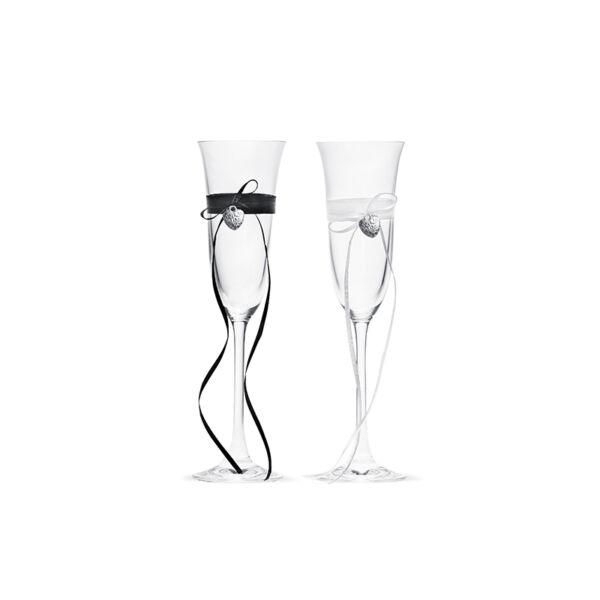 Ezüst szivecskés esküvői pezsgőspohár szett