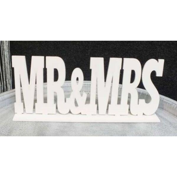 Fehér mr és mrs felirat talppal, nyomtatott betűs, kicsi