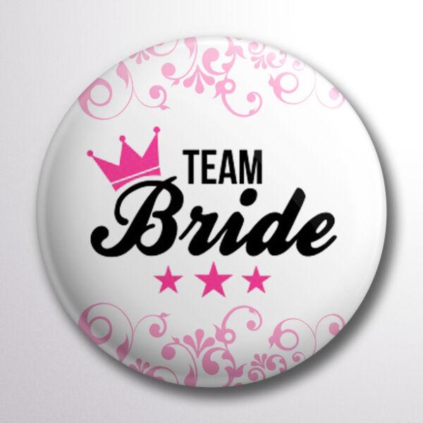 Team bride pink koronás kitűző